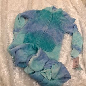 More Than Magic Sleepwear one piece size XS 4/5